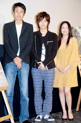 映画『ホームレス中学生』の舞台挨拶に登壇した(左から)古厩智之監督、小池徹平、池脇千鶴