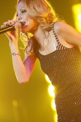 10月18日、東京・渋谷C.C.レモンホールでライブを行った土屋アンナ