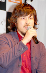楽曲をプロデュースしたスキマスイッチ・常田真太郎