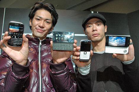 「PRO」シリーズ。左から『Blackberry Bold』、『P-05A』、『Nokia E71』、『SH-04A』