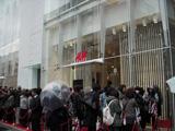 8日(土)にオープンしたH&M原宿店の様子