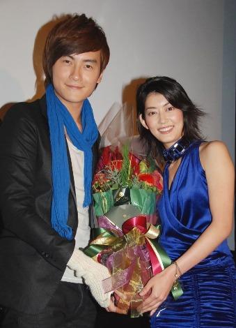 台湾版『イタズラなKiss』の主演俳優、ジョセフ・チェンと佐藤藍子
