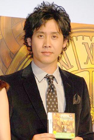 アニメ映画化が決定したゲーム『レイトン教授』で主演声優を務める大泉洋