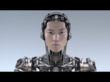 CMでロボットに変身する小栗旬