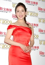 『第20回 日本ジュエリーベストドレッサー賞』を受賞し表彰式に出席した真矢みき
