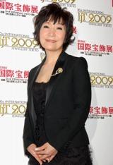 『第20回 日本ジュエリーベストドレッサー賞』の表彰式に出席した森山良子