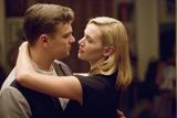 夫婦間の理想と現実に迫った、映画『レボリューショナリー・ロード 燃え尽きるまで』は、現在全国で上映中(C)2008 Dreamworks LLC. All Rights Reserved.