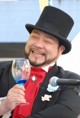 髭男爵の山田ルイ53世