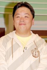 NHK-BS2の新番組『カシャッと一句! フォト575』のプレ番組の収録後の会見に出席した伊集院光