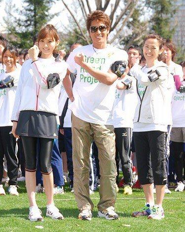 『Green Road Project』中間結果発表イベントに出席した(左から)押切もえ、新庄剛志、有森裕子
