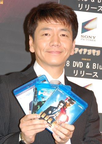 3タイトルDVD&BD発売記念イベントに出席したくりぃむしちゅー・上田晋也