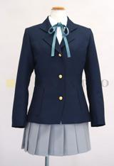 主人公達が通う桜が丘女子高等学校の制服が登場!サイズはSからXLまで。