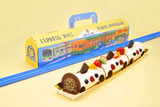 電車をモチーフにしたロールケーキ、『プラレール エクスプレスロール』