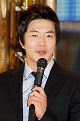 京楽産業.パチンコ新機種『天国の階段』先行展示会に出席したクォン・サンウ (C)ORICON DD inc.
