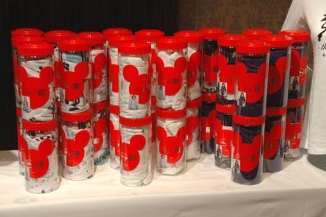 商品は専用のボトルに入れて販売される (C)ORICON DD inc.
