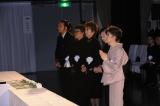 発起人の(左から) 加藤和也氏、渡辺美佐氏、浅丘ルリ子、石井ふく子氏、森光子
