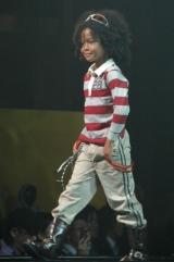 男児園児ボーダーラガーシャツ(780円)、男児園児ツイルロングパンツ(980円)