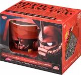日清食品が数量限定で発売する『カップヌードル シャア専用ガラスカップ 赤いカレーヌードルリフィル付』 (C)創通・サンライズ