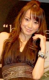 トヨタ自動車とハウスイベントのコラボレーション発表イベントに登場した、鈴木亜美 (C)ORICON DD inc.