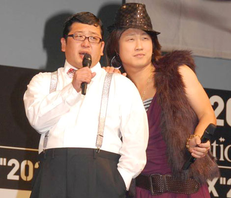 トヨタ自動車とハウスイベントのコラボレーション発表イベントに登場した、Wエンジン (C)ORICON DD inc.