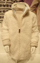 ファーリーフリースリバーシブルジャケット(長袖) 2990円