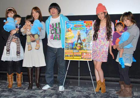 映画『モンスターVSエイリアン』DVD発売記念イベントの様子 (C)ORICON DD inc.