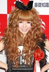 「ファストファッション」が『2009 ユーキャン新語・流行語大賞』にTOP10入りし、授賞式に出席した益若つばさ (C)ORICON DD inc.