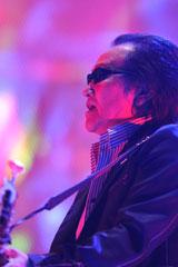 94年以来15年ぶりに武道館単独公演を行った井上陽水