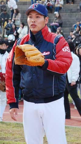 写真)プロ野球選手会主催の恒例...
