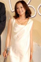 11月に妊娠4か月であることを発表後初めて、幸せいっぱいの笑顔で公の場に登場した永作博美 (C)ORICON DD inc.