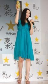 サッポロビール『サッポロ 麦とホップ』新CM発表会に出席した仲間由紀恵 (C)ORICON DD inc.