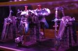 """ゲーム『ドラゴンクエスト』シリーズのオフィシャルバー「LUIDA'S BAR(ルイーダの酒場)」の店内に飾られた、""""メタルキング装備""""のインテリアアイテム (C)ORICON DD inc."""