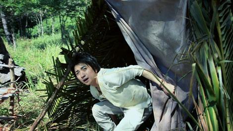 南国の島に降り立った藤原竜也/『キリンゼロ<生>』CM