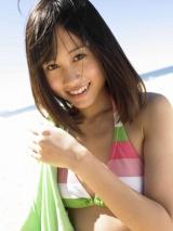 『前田敦子写真集 「あっちゃん」』(集英社)ではさわやかな水着姿も披露
