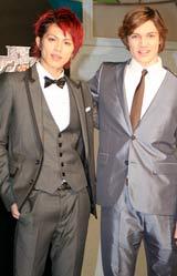 映画『ダレン・シャン』のジャパンプレミアに出席した(左から)山本裕典、クリス・マッソグリア