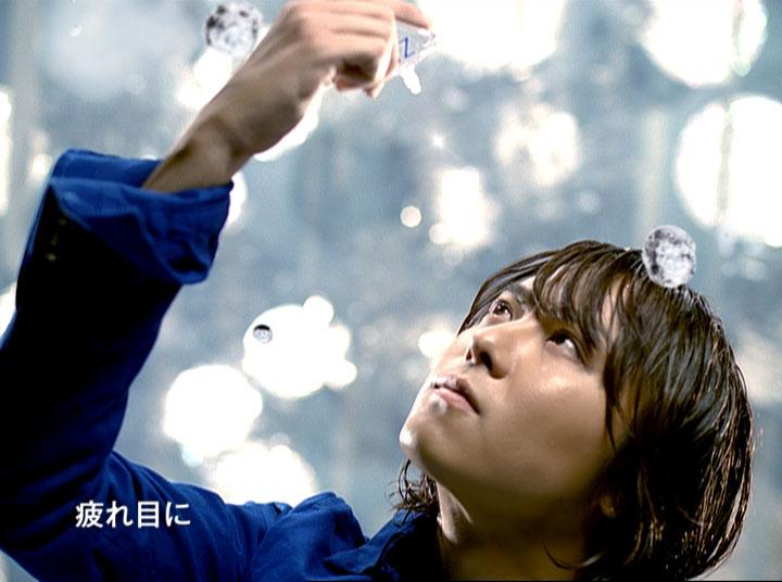『ロートジー(R)』の使用感をTAKAHIROが伝える新CM