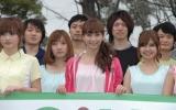 で、「ジーユージョギング部」の部員と藤本美貴 (C)ORICON DD inc.
