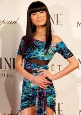 映画『NINE』の完成披露試写会のレッドカーペットイベントに参加した、2010年ミス・ユニバース・ジャパンの板井麻衣子 (C)ORICON DD inc.