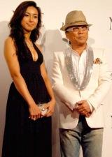 映画『NINE』の完成披露試写会のレッドカーペットイベントに参加した(左から)RENAとドン小西  (C)ORICON DD inc.