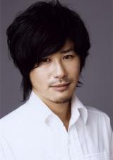 結婚を発表した、個性派俳優・鈴木一真