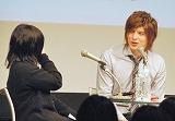"""""""卒業生""""による答辞に耳を傾ける城田優 (C)ORICON DD inc."""