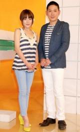 NHK『みんなの手話』の取材会を行った(左から)SPEEDの今井絵理子、早瀬憲太郎 (C)ORICON DD inc.