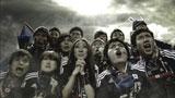 内田篤人選手を応援するサポーターも熱が入る/ソニー「JAPAN SURPRISE. 世界は驚きを待っている。」キャンペーンCM
