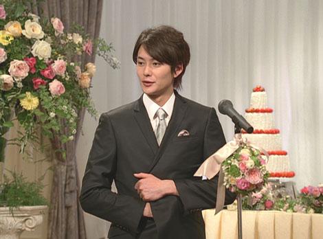 同僚の結婚披露宴で熱く語る岡田将生/『PIXUS』(キヤノン)新CM