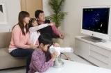 テレビにつないで家族みんなで楽しめる点も特長