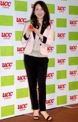 『ブルボンポワントゥ2010』発売記念イベントに出席した真矢みき (C)ORICON DD inc.