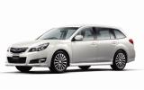 自動車の安全性能を比較評価した「2009年度自動車アセスメント」でもっとも高い評価を獲得した、『レガシィ』(富士重工業)
