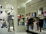 29日、松坂屋銀座店にオープンする「FOREVER21銀座店」の店内の様子 (C)ORICON DD inc.