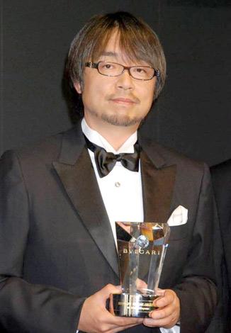 『ブルガリ ブリリアントドリームアワード2010』を受賞した小山薫堂 (C)ORICON DD inc.