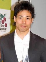 『2010年度ベストアサイーニスト』のエナジー部門を受賞した清水宏保氏 (C)ORICON DD inc.